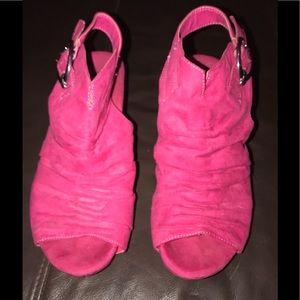 Catos got pink size 9 booties/heels